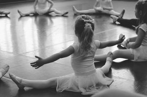 ,ballet,children,dance,photography-679b1c94826b6ddfaa96ea21157bb3c1_h
