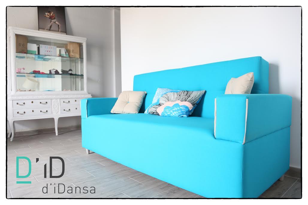 sofa vitrina